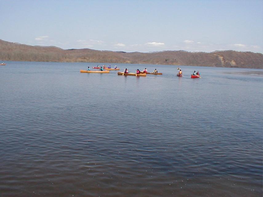 釧路川のカヌー体験ならReRa レラ!釧路川をカヌーでのんびり下る初心者に人気のプランや早朝プランもご用意!料金もリーズナブル!